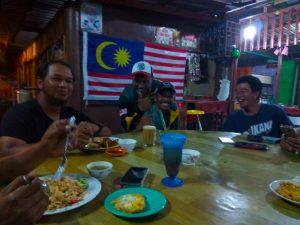 makan-bersama-sama-team-mk-brigade-dan-team-kanicen-nix