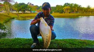 ikan-belida-clown-fish-with-soft-baits-aaron-amin